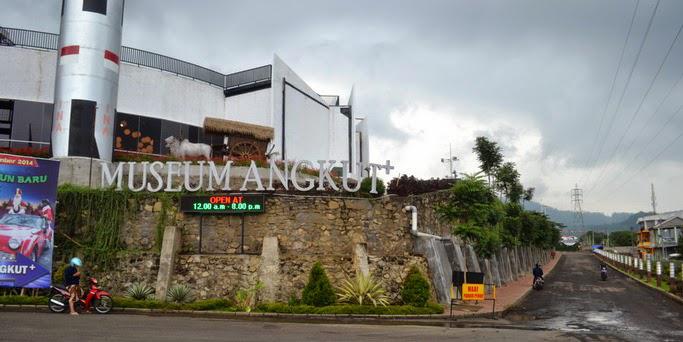 Jawa Timur Museum Angkut 007